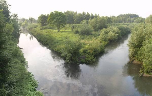 Zdjęcie 45. Panorama Kąta Trzech Cesarzy. Z lewej Czarna Przemsza, z prawej Biała Przemsza, pod spodem Przemsza.
